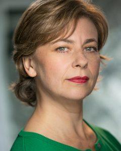 Lisa Ray-Jacobs La voix anglaise